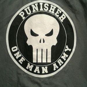 Marvel The Punisher Gray Button Down , L